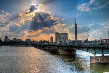Bootsfahrt mit Abendessen in Kairo auf dem Nil mit Bauchtanz-Show