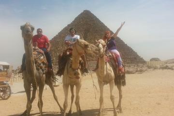 Excursion privée d'une demi-journée: les pyramides de Gizeh et le...