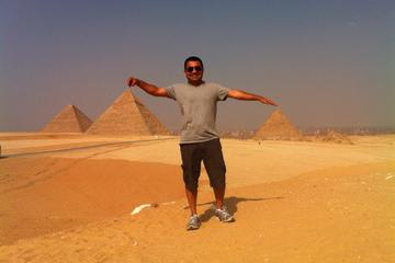 Full-Day Tour Visiting Giza Pyramids and Sphinx Egyptian Museum with...