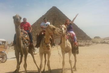 Tour privato di mezza giornata: piramidi di Giza e Sfinge in sella a