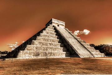 Private Tour: Chichen Itza Photography Tour