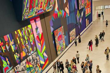 Excursão a pé de meio dia em Berlim: Cenário de galerias com um...