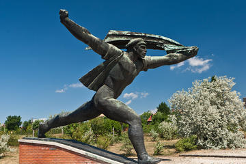 Private Memento Park Walking Tour from Budapest