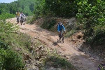 Sortie en vélo de montagne au départ...