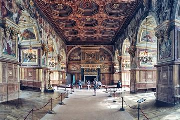 Fontainebleau and Vaux Le Vicomte full day private tour