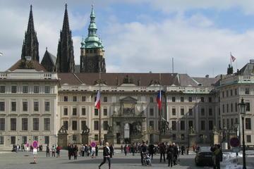 Tour di mezza giornata del castello di Praga e dei suoi interni