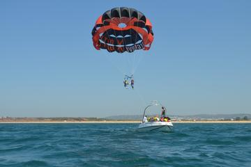 Private Tour: Parasailing from Albufeira