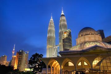 Recorrido de día completo por la ciudad de Kuala Lumpur incluyendo...