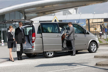 KLIA Perway Transfer with VIP Meet and Greet