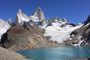 Excursão com caminhada de 2 dias por Fitz Roy e Cerro Torre saindo de...
