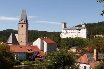 3 Day Holasovice Cesky Krumlov and Rozmberk Castle Tour from Prague