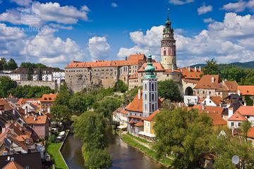 Servizio di trasferimento con mezzi privati da Praga a Český Krumlov