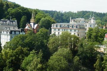 Servizio di trasferimento con mezzi privati da Praga a Karlovy Vary