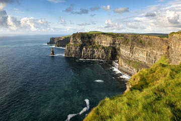 Guided Cliffs of Moher Day Trip along the Wild Atlantic Way from Galway