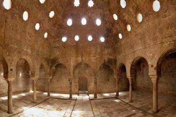 Albayzin Walking Tour with Skip the Line Ticket to The Nasrid Palaces...