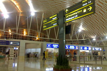 One Way Airport Transfer Makassar
