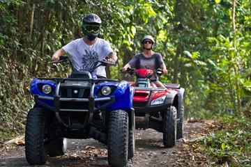 Bali Strand- und Dorftour mit Geländefahrzeug