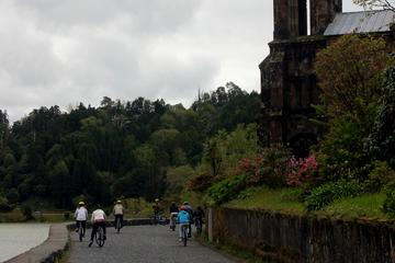 Caiaque e Mountain Biking em Furnas...