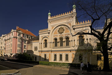 Historic Prague Jewish Quarter Walking Tour