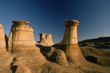 Drumheller and Badlands Full-Day Tour with a Small Group