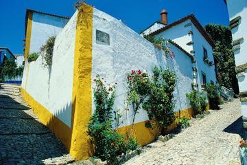 Excursión al pueblo museo de Óbidos...