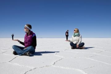 4-Day Uyuni Salt Flats from La Paz to...