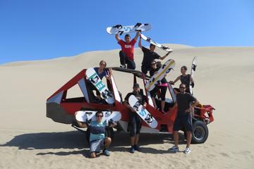 Esperienza in buggy sulla sabbia e sandboarding a Huacachina
