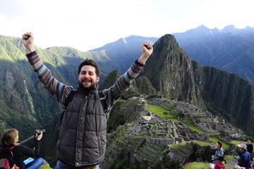 Excursión de día completo a Machu Picchu con transporte privado y...
