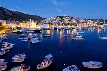 Private Transfer: Hvar Town to Split Airport by Speedboat