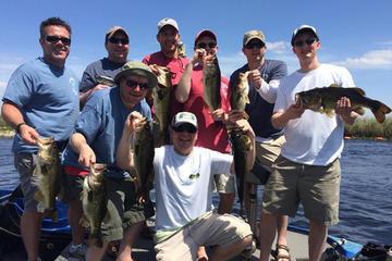フォートローダーデール近くのエバーグレーズ半日魚釣り旅行