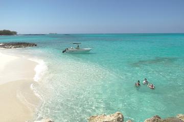 Noleggio di una barca per piccoli gruppi con snorkeling a Nassau