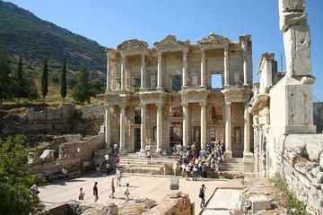 Escursione a terra privata guidata a Efeso in pulmino