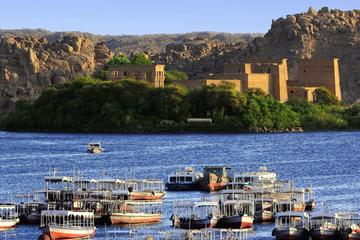 Private full day tour to explore the beauty of Aswan with lunch included