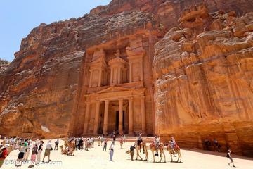 Treasures of Jordan Tour-7 Days Discover Petra & Dead Sea & Wadi Rum with Hotels