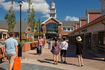 Day Trip Woodbury Common Premium Outlets Shopping Tour from Manhattan near New York, New York