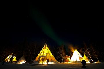 Yellowknife Northern Lights Viewing Tour Including 3-Nights...