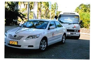 Private Departure Transfer: Denarau Hotels to Nadi Airport