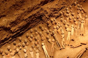 One Day Private Tour of Terra-Cotta Warriors and Hanyang Mousleum Underground Museum