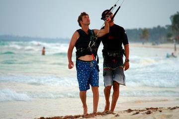Clase privada de kiteboarding en Tulum