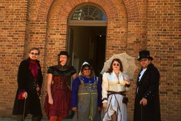Private: Historical Sightseeing Walking Tour of Sydney