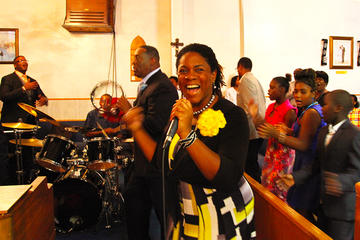 Tour domenicale di Harlem con coro gospel
