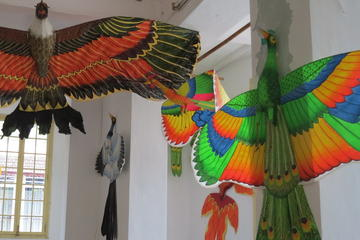 Hue: Kite-Making Tour by Bicycle
