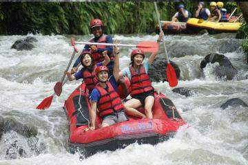 White Water Rafting, Spa Treatment and Beach Dinner from Bali