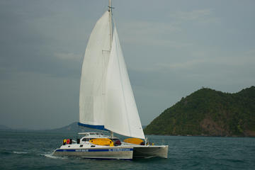 5-Night Catamaran Sailing Trip in...