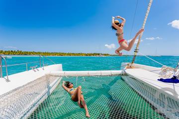 Private Group Catamaran Tour to Saona Island