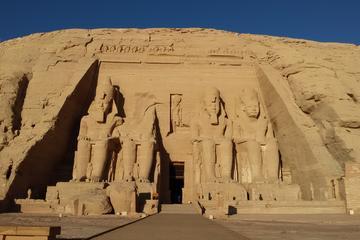 Ausflug mit Übernachtung nach Abu Simbel von Luxor mit dem Auto