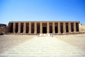 Tour giornaliero dei templi di Dendera e Abydos da Luxor
