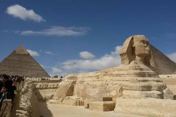Tour of Cairo from Luxor by Train with First Class Seat