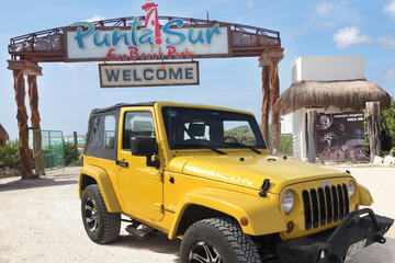 Jeep Tour in Cozumel with Snorkeling, Tequila Museum, Beach Club Lunch