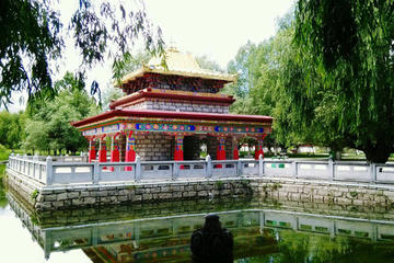 Lhasa Norbulinka Half Day Group Tour in Morning